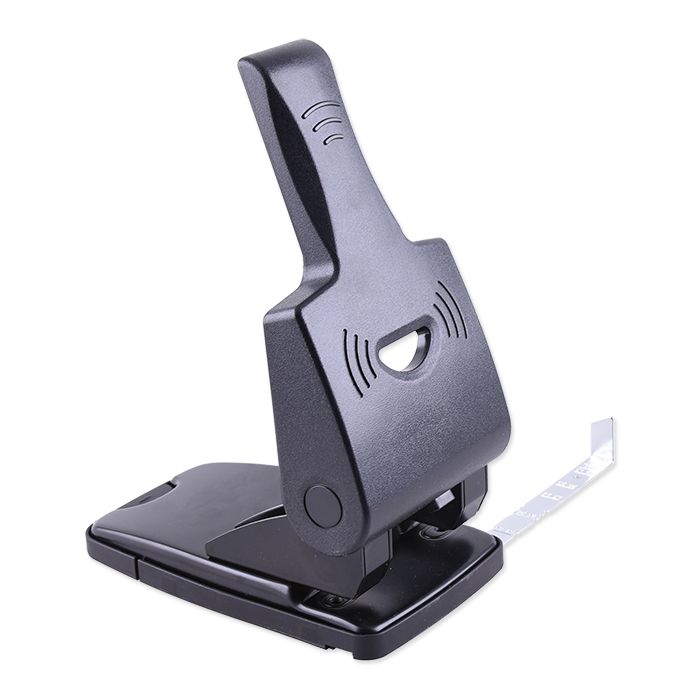Hole punch with lever arm