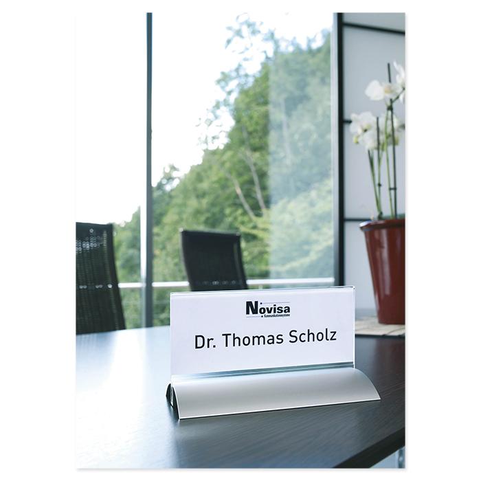 Durable table name tag de luxe
